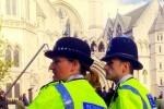 Londense agenten in 't geel