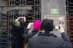 Slovenen in actie bij de Centrale Bank in Ljubljana: 'Dit is onze bank''