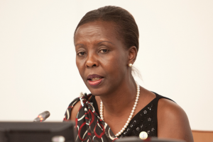 Louise Mushikiwabo, vlak voordat ze werd ontvolgd (Foto: Africa Renewal)