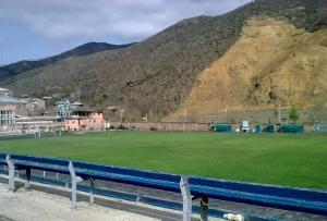 Het sfeervolle stadion van FC Gandzasar (Foto: Arminy)